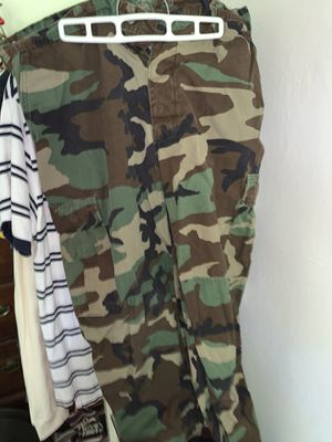 Camo pants L Xl for Sale in Portland, OR