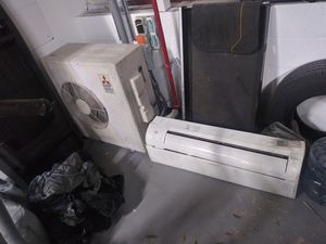 A/C 2 ton 24000 btu complete with remote for Sale in Englewood, CO