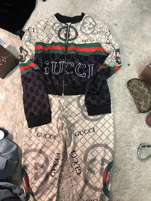 Gucci 2 piece outfit size med large for Sale in Bremerton, WA