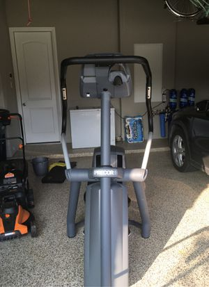 Precor EFX 546iHR Elliptical Machine for Sale in Fort Worth, TX