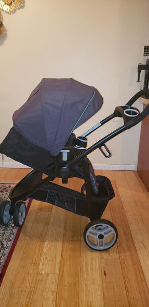 Graco  3Modes click connect Stroller for Sale in New Brighton, MN