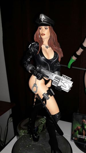 Hollywood Collectibles Group Heavy Metal 1:4 Cybercop Statue for Sale in Spring, TX