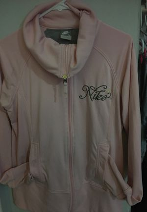 Suéter Nike size L for Sale in Riverside, CA