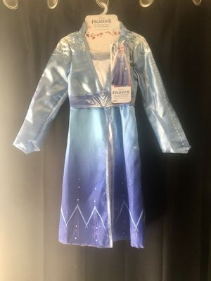 Frozen 2 - Elsa adventure dress (size 4/6x) for Sale in Glendale, CA