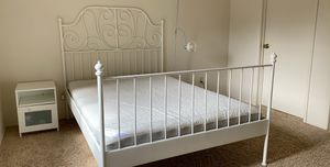 Queen bed for Sale in Chico, CA