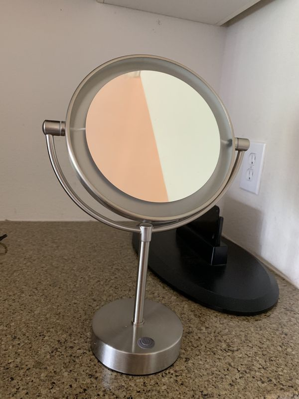 Makeup Vanity Mirror with LED Light