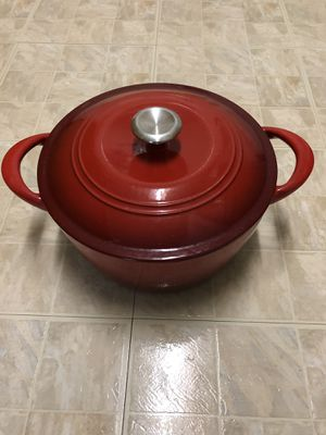 Enameled Cast Iron 6.5 qt pot for Sale in Frederick, MD