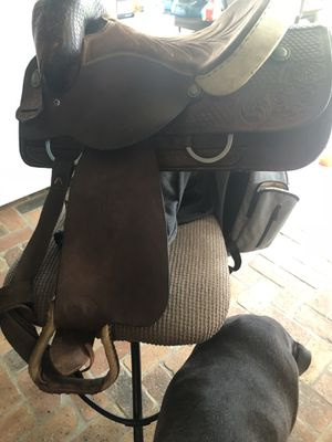 Hereford Brand Roping Saddle for Sale in Gulfport, MS
