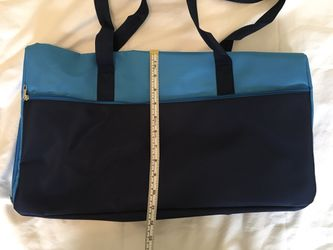 DSW gym bag for Sale in Chantilly,  VA