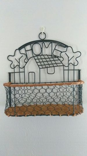 Home decor vintage style wall basket for Sale in Haines City, FL