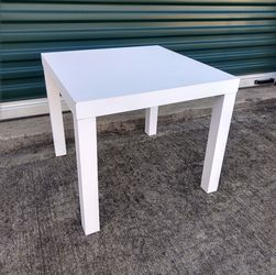 White End Table for Sale in Durham,  NC