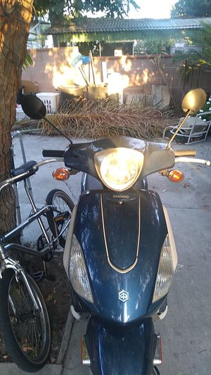 Piagio 2012 150 motor title available..$1,100 for Sale in Ontario, CA