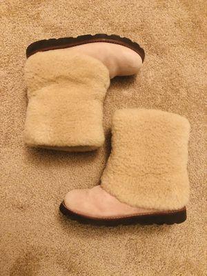 Ugg boot, Pink, Size 5 for Sale in Arlington, VA