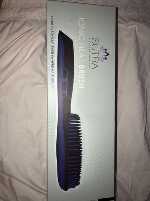Brush Hair Iron for Sale in Houston, TX