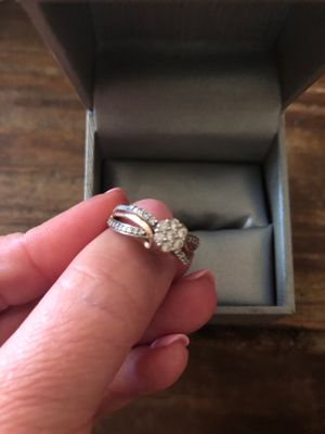 1/2cttw rose gold white gold ring. Bought at Zales two years ago new. Size 7 for Sale in Forest City, MO
