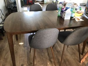 Mid-century Project 62 Dining Table + Chair Set for Sale in La Crescenta-Montrose, CA