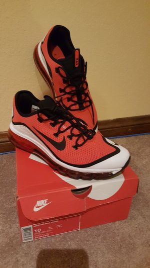 Nike Air Max More - Size 10 - New for Sale in Wildomar, CA