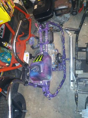 Mini bike frame with gas tank and motor and bars 200asis for Sale in Oakland, CA