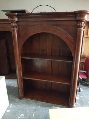 6ft bookshelf $150 (good condition) for Sale in Houston, TX