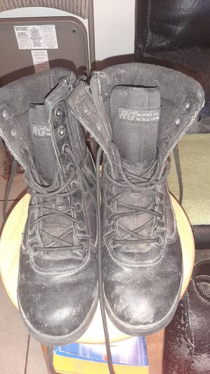 MENS BOOTS GREAT CONDITION for Sale in Fresno, CA