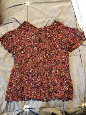 Floral top (cloud chaser) for Sale in Medina, OH