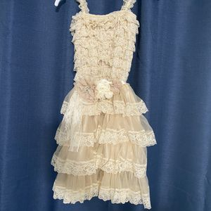 NEW Girls size 6 flower girl or special occasion dress with detailed tie bow for Sale in Peoria, AZ