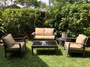 (4) piece Outdoor patio Set furniture $230 Firm for Sale in Miami, FL