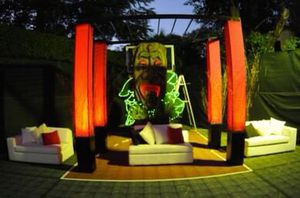 TIKI Mask Foam Sculpture (4' x 8') for Sale in Miami, FL