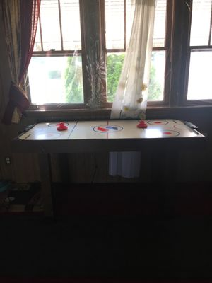 Air hockey table for Sale in Joliet, IL
