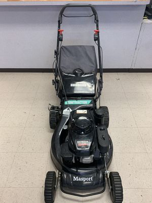 Honda masport lawn mower for Sale in Atascocita, TX