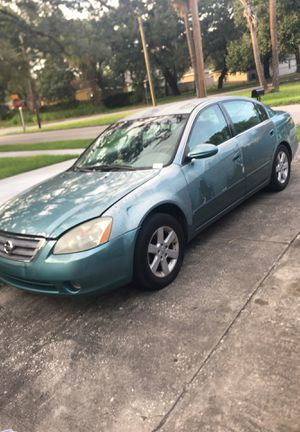 Nissan Altima 2002 4 cylinder for Sale in Tampa, FL