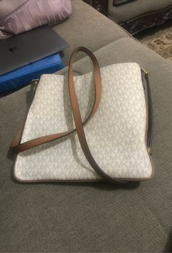 Michael Kors purse for Sale in Murfreesboro,  TN