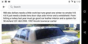 Lincoln Cartier town car. 1997. for Sale in East Jordan, MI