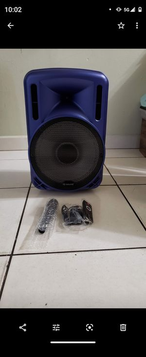 Speaker se conecta vía Bluetooth brand new for Sale in Miami, FL