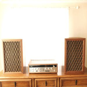 Vintage Pioneer Speakers with Sansui Receiver for Sale in Portland, OR