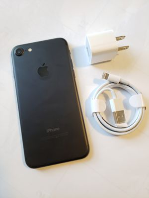 iPhone 7 , 256 GB , UNLOCKED for All Company Carrier , Excellent Condition like New for Sale in Springfield, VA