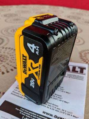 DEWALT 20-VOLT MAX LITHIUM ION XR 4.0AH BATTERY for Sale in San Bernardino, CA