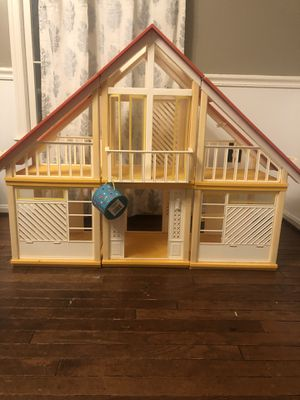 Toy house for Sale in Herndon, VA