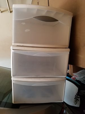 3 drawers for Sale in Orange, CA
