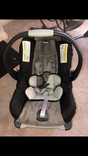 Chicco car seat and the base for Sale in Virginia Beach, VA