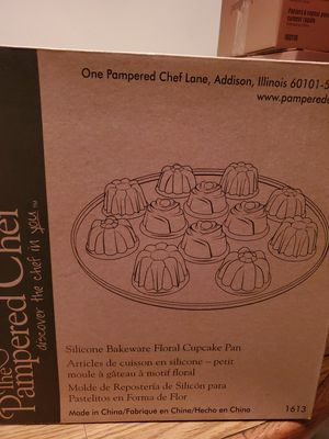 Silicone bakeware floral cupcake pan for Sale in Atascadero, CA