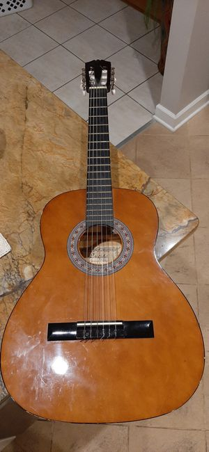 Lucida classic guitar lg-510-3/4 for Sale in Bloomingdale, IL