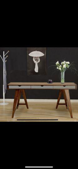 Desk for Sale in Arlington,  VA