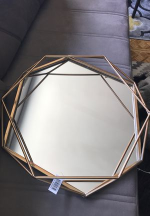 "Gold wall mirror, 25"" for Sale in Brooklyn, NY"