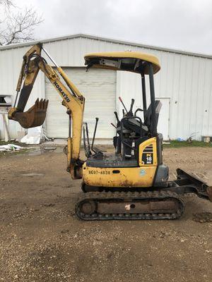 Mini excavator komstu pc18 for Sale in Dallas, TX