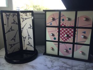 Rotating Jewelry Organizer and Drawer Chest for Sale in Hanford, CA