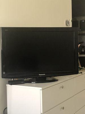 Panasonic Tv de 32 pulgadas for Sale in Miami, FL