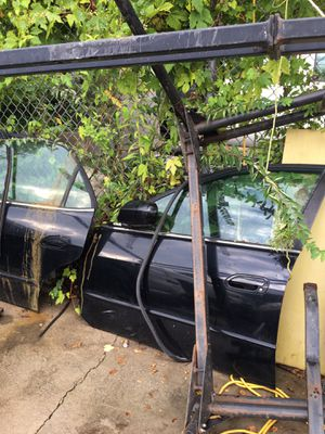 99-02 Honda Accord doors for Sale in Silver Spring, MD