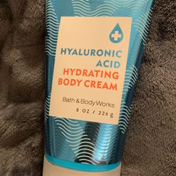Bath And Body Works Hyaluronic Acid for Sale in Bristow,  VA