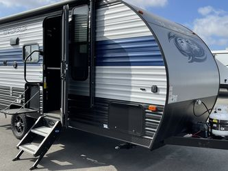 PRE OWNED 2021 Forest River Wolf Pup 16PF Travel Trailer Rv for Sale in Huntington Beach,  CA